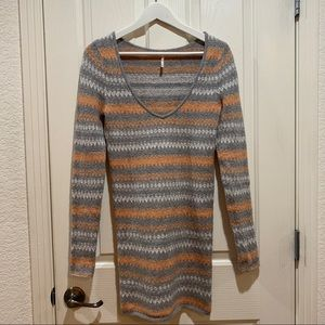 FP Sweater Dress Tunic V-Neck Medium Grey Mini